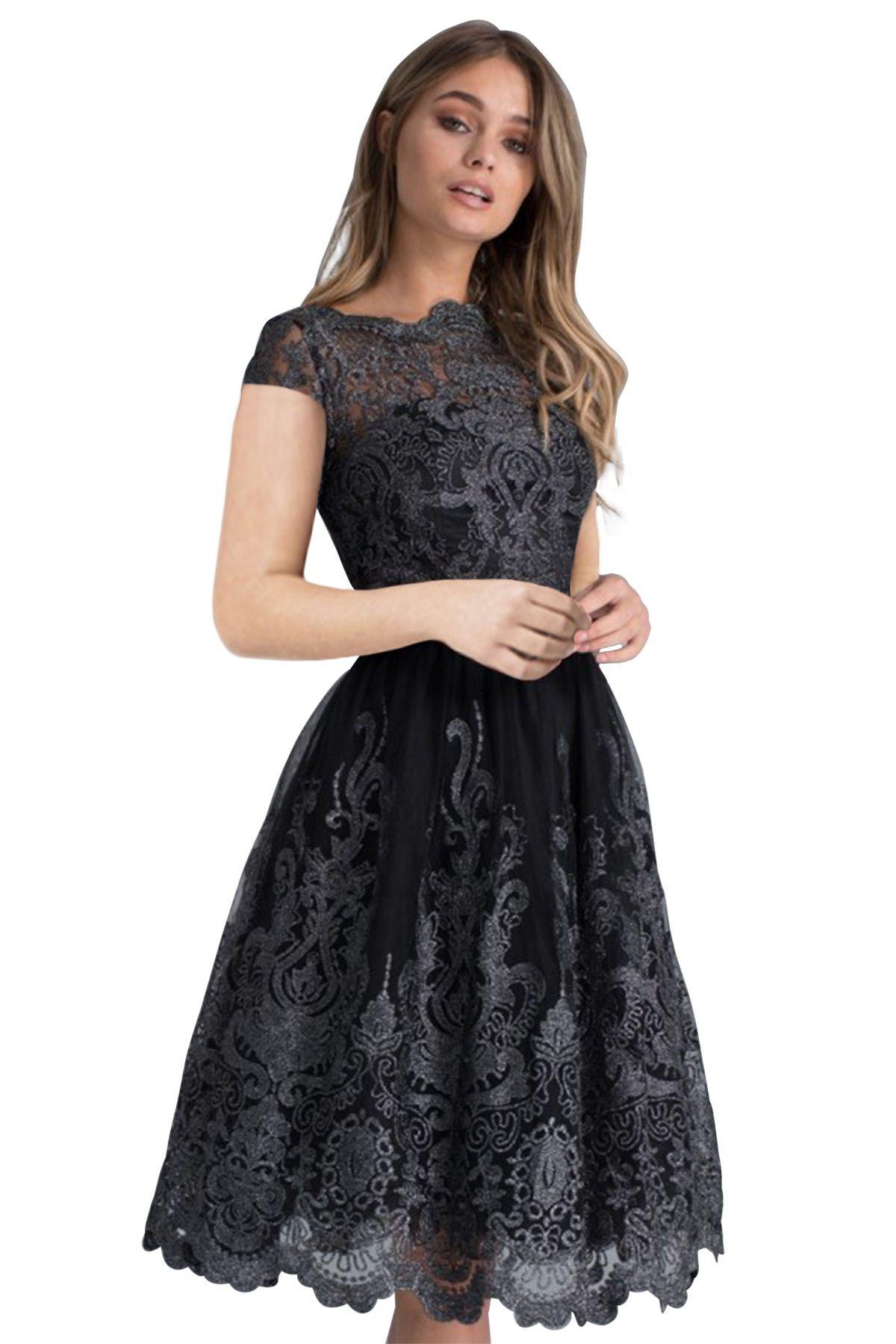 35d8ca4627 Sukienka czarna koronkowa rozkloszowana midi balowa - SUKIENKI w MOHHO.pl