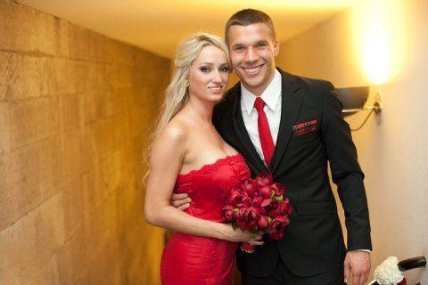 podolski and  girlfriend