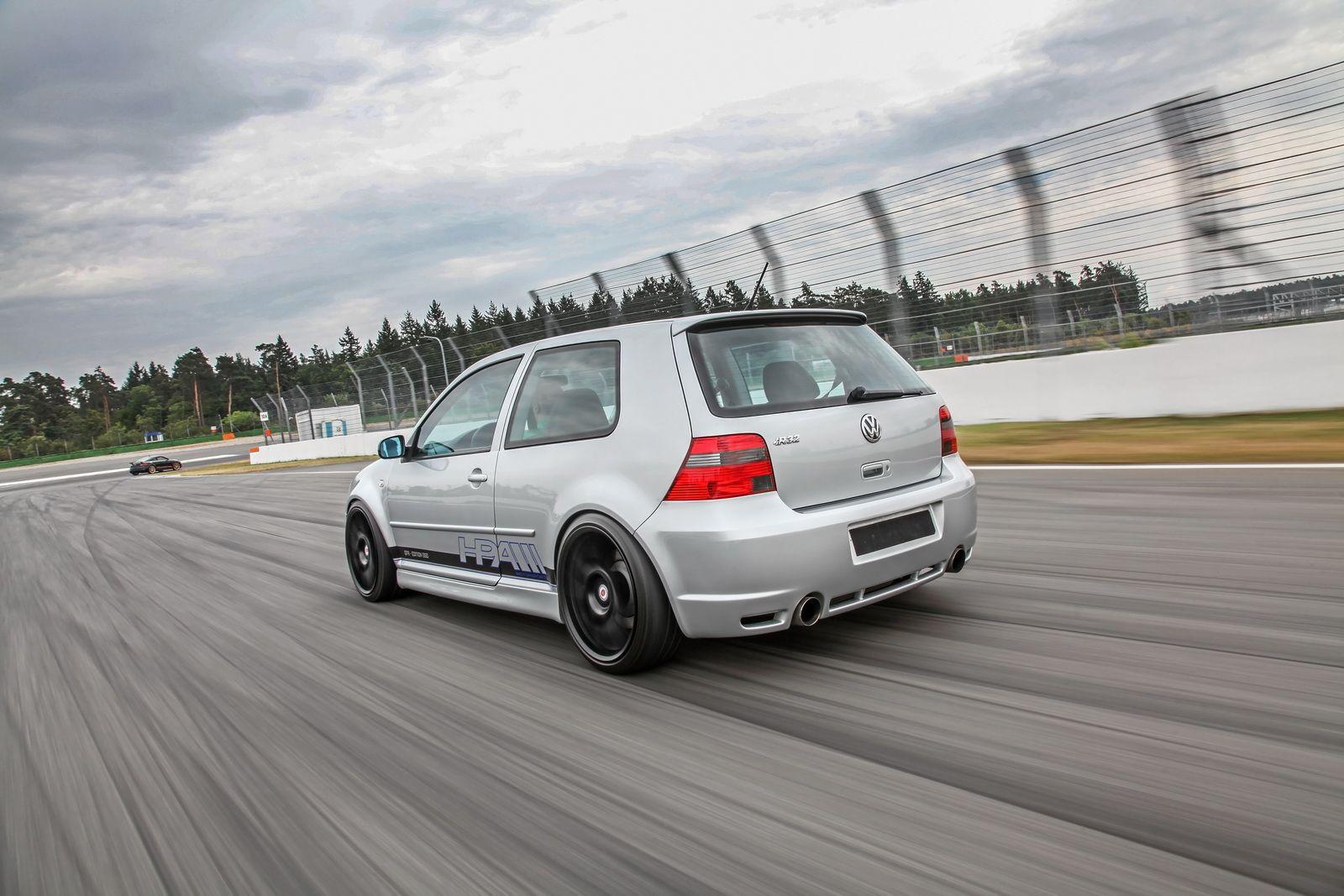 Hperformance Transforms A Golf 4 R32 Into A Serious Powerhouse Carscoops Volkswagen Golf Golf Golf 4
