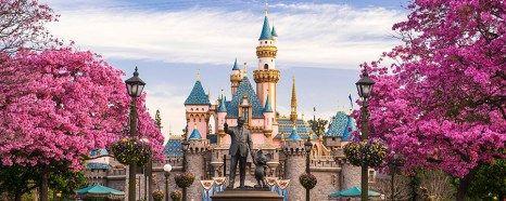 Schloss Neuschwanstein O Castelo Que Inspirou Walt Disney Disneyland Park Vintage Disneyland Disneyland Photos