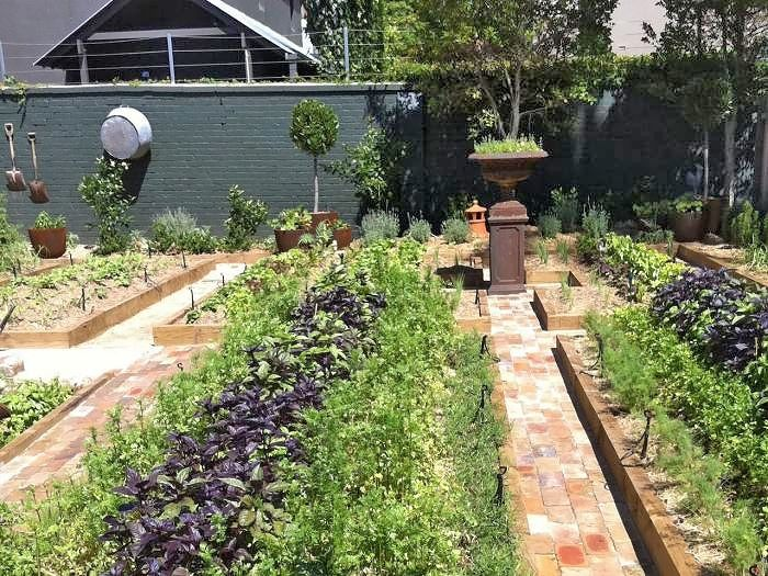 Restoran V Avstralii Organizacao Da Horta Jardim De Sonho Planejamento De Jardim