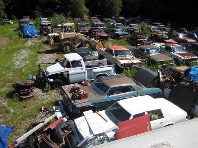 Old Car Salvage Yards Junk Yard Find Antique Cars
