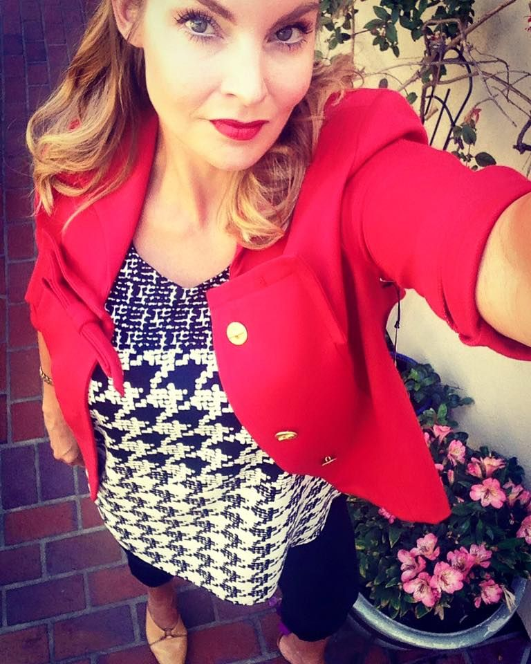 How gorgeous is my fellow stylist in her Beau Jacket and Broken Check top?? From the Fall Cabi Collection....Lisettemurney.cabionline.com