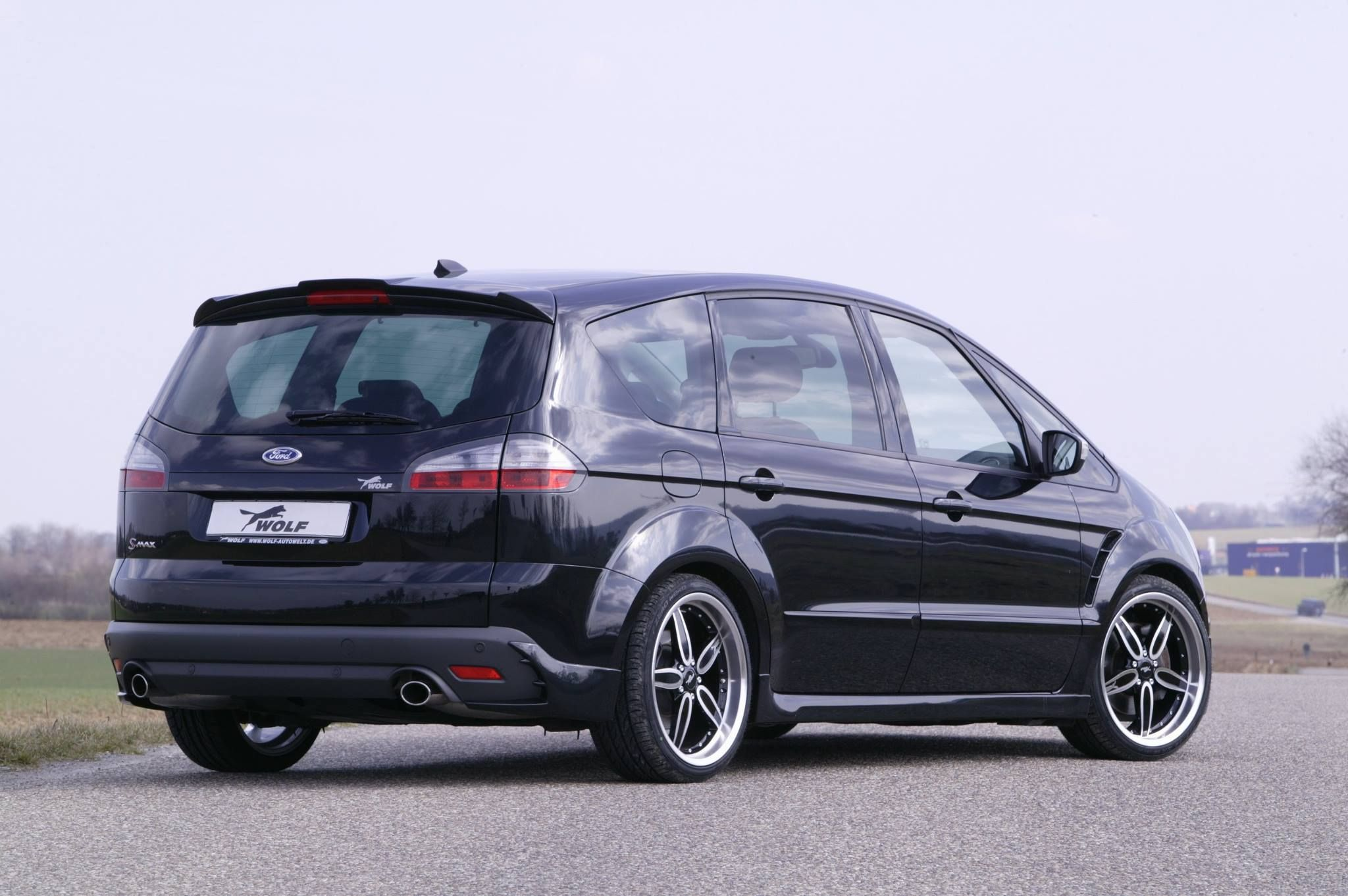 ford s max powered by wolf racing all ford models. Black Bedroom Furniture Sets. Home Design Ideas