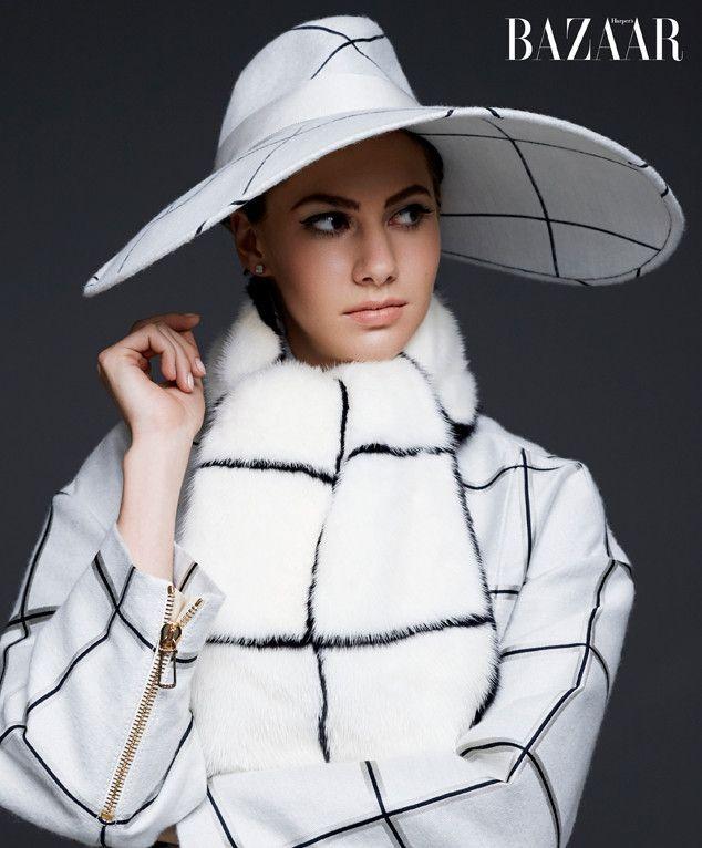 La nieta de Audrey Hepburn, Emma Ferrer debutó en la portada de Harper's Baazar, edición septiembre 2014.