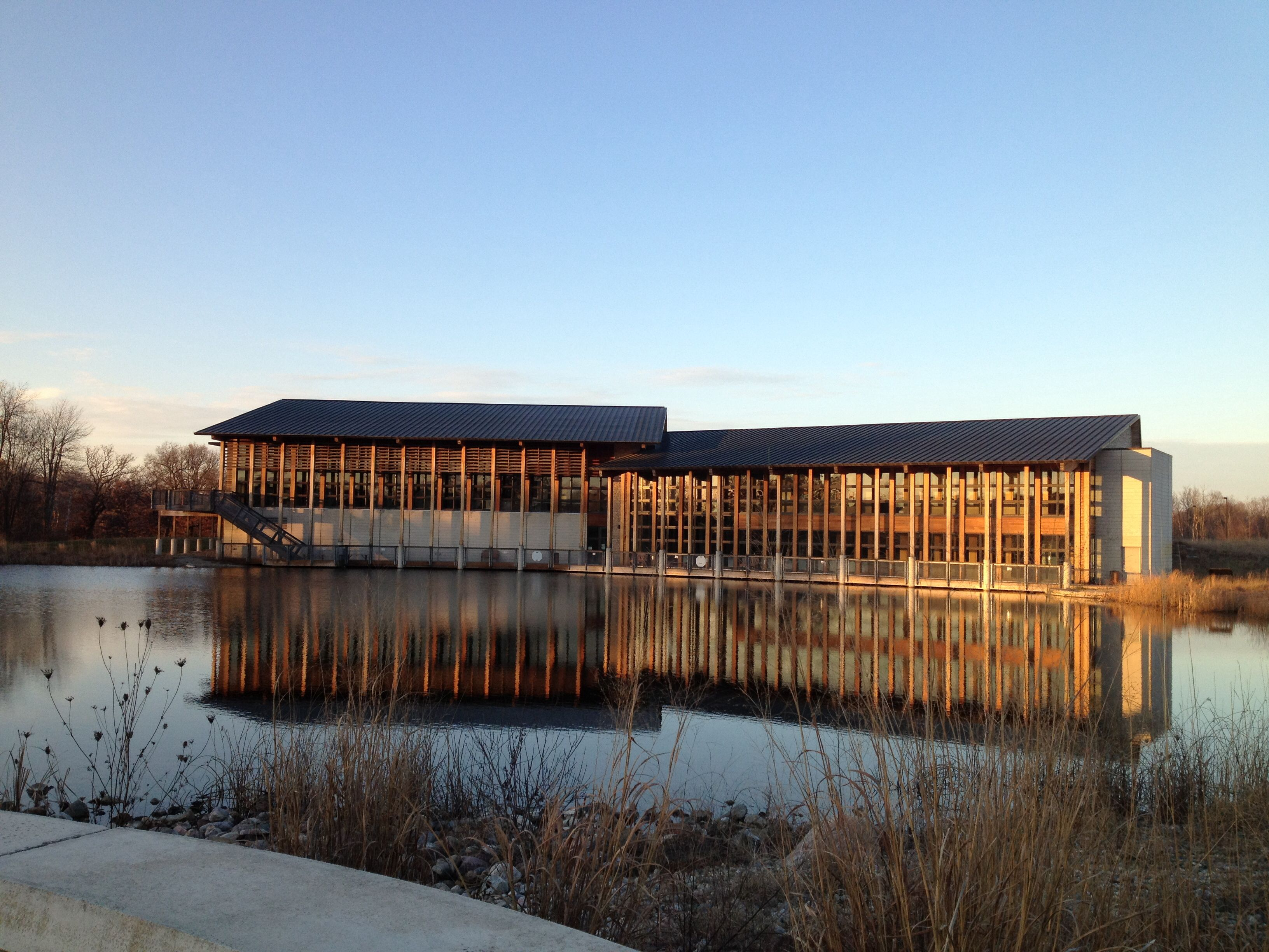 Our Venue The Environmental Discovery Center At Indian Springs Metropark In White Lake Mi