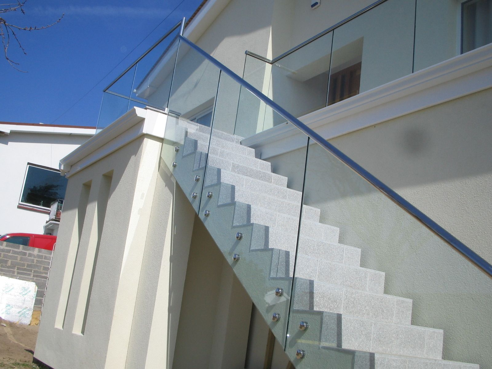 Stainless Steel, Glass Retainer Style Stairs #StainlessSteel ...
