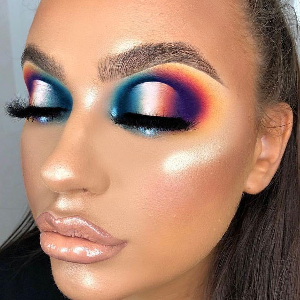 mmmmitchell using the new plouise_makeup_academy Secret