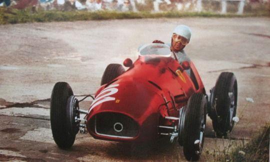 Alberto Ascari Ferrari Nurburgring (1952) (Dengan gambar)
