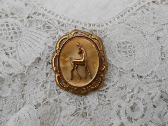 1930's brooch by Nkempantiques on Etsy