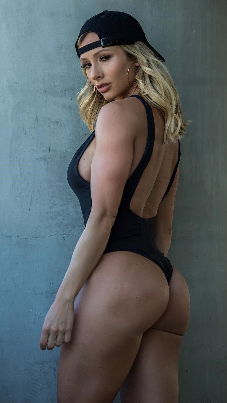 Paige Hathaway Nude Photos 53