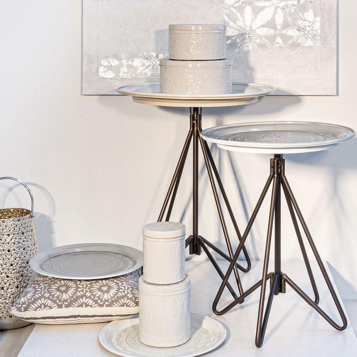 Kamila Beistelltisch I Bizzotto Mediterranes Flair Trifft Industrial Design Das Italienische Label Bizzotto Beweist Mit D Beistelltisch Beistelltische Tisch
