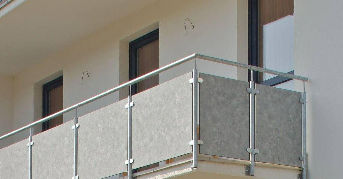 Balkonverkleidung Mit Hpl Platten Und Klemmenhalter