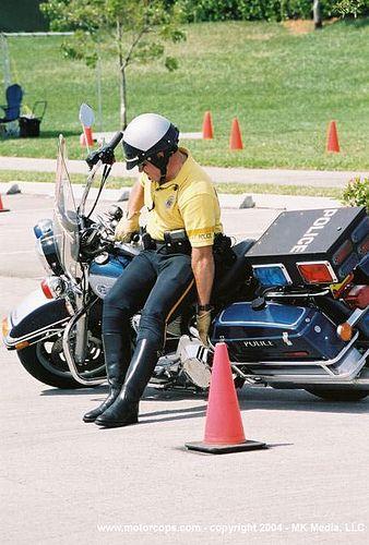14_motorcop_accident | safeguard1052 | Flickr