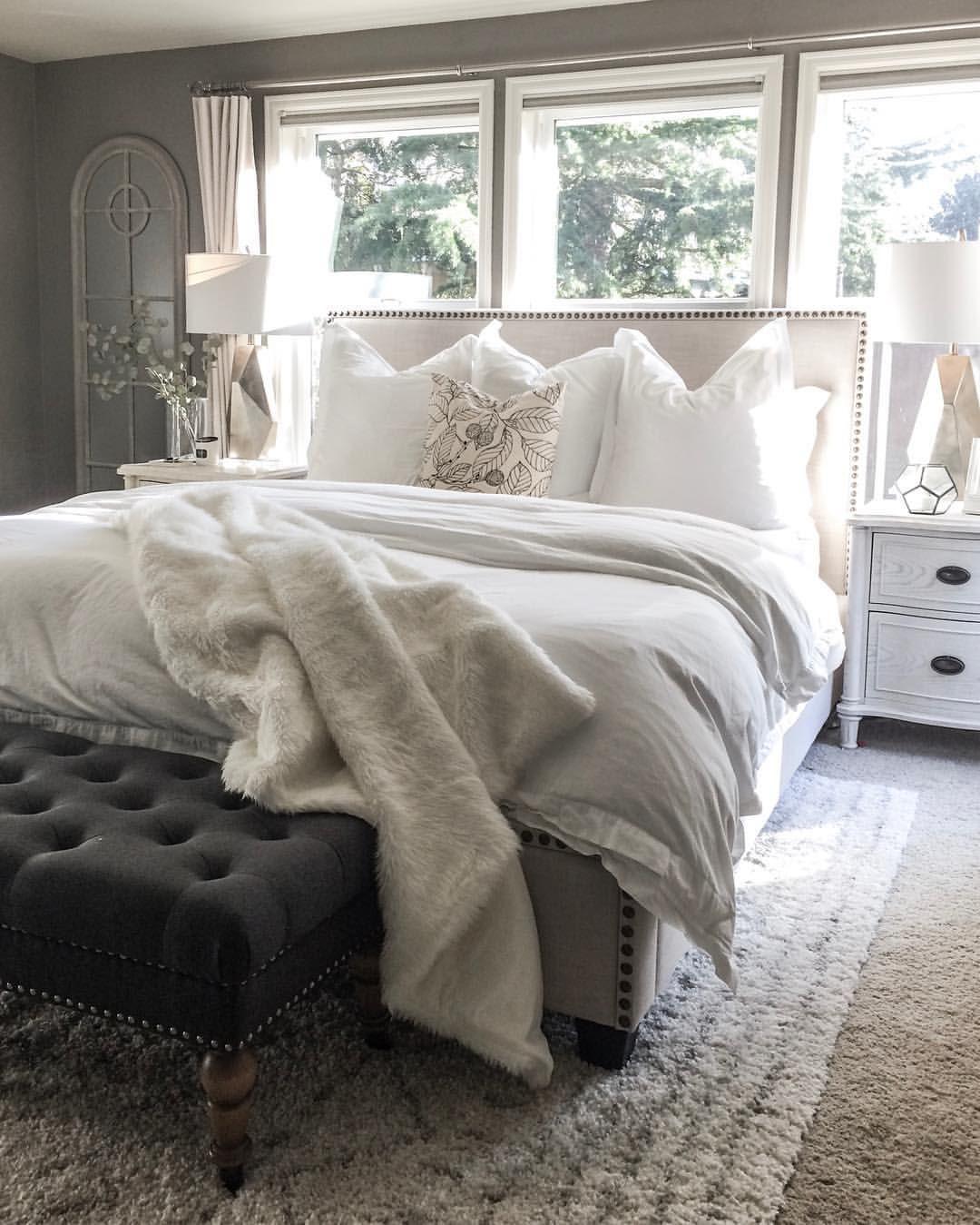 End Of Bed Bench Remodel Bedroom Home Decor Bedroom Master Bedroom Design