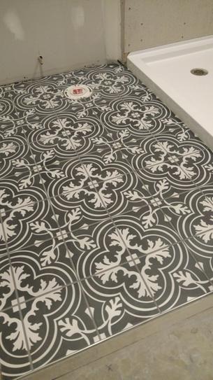 Merola Tile Take Home Sample Twenties Classic Encaustic Ceramic Floor And Wall 7 3 4 In X Frc8twcl The Depot Flooring Samples