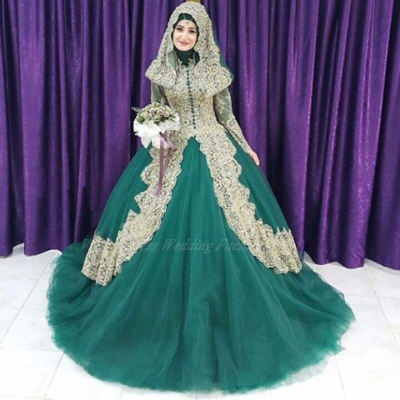 Muslim Emerald Green Wedding Dresses With Gold Lace Applique High Neck Long  Sleeves Arabic Muslim Ball 3c1f8982e8f0