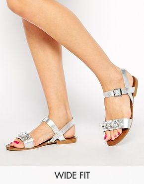New Look Wide Fit Flaunt Silver Gem Flat Sandals