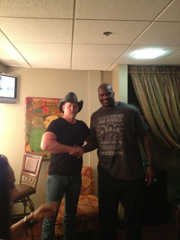 Trace with Shaquille....he makes Trace look short!!!! | All My ...