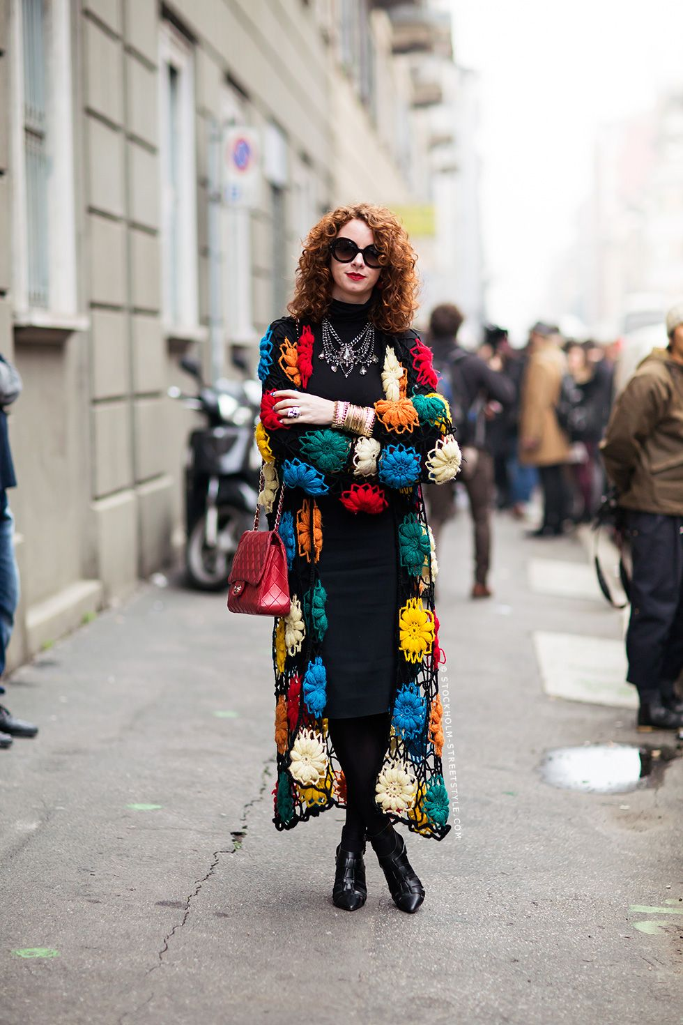 oh it's #CarmelWalsh in that crochet creation. Milan.