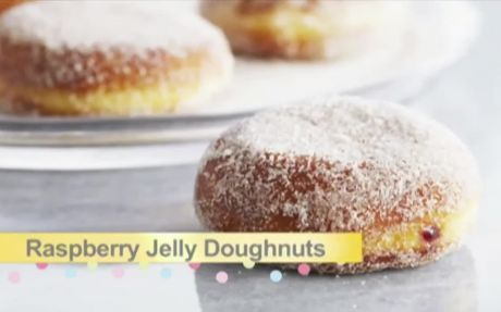 Raspberry Jam Doughnuts Recipe by Anna Olson : Food Network UK