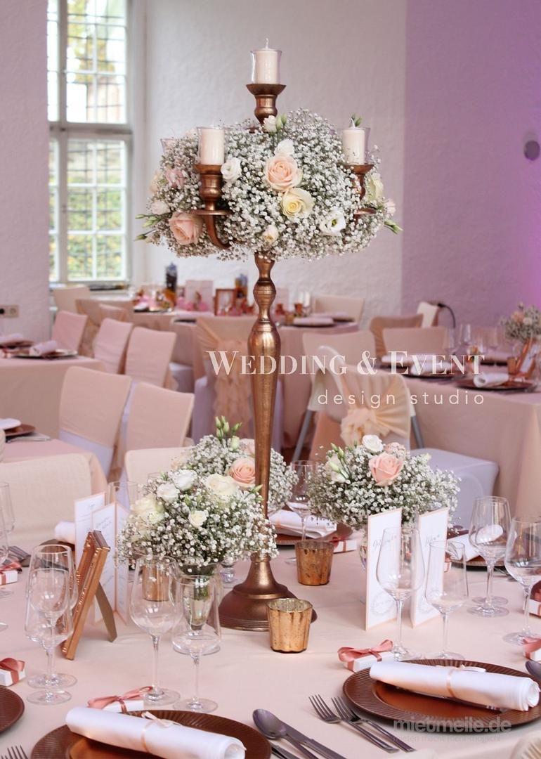 Kerzenstander Hochzeit In 2020 Hochzeit Hochzeitsdeko Blumendeko Hochzeit