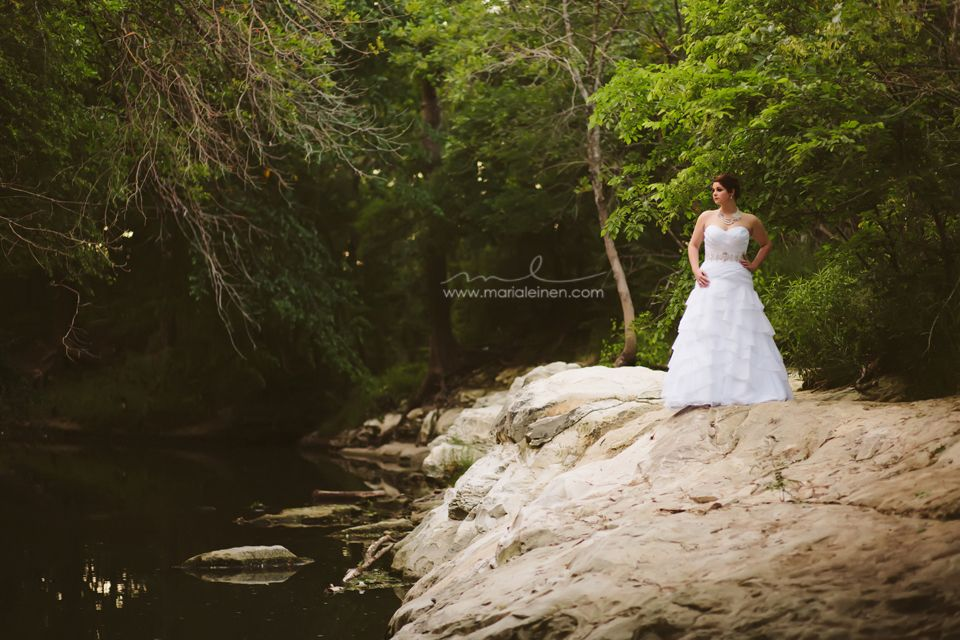 bridal portraits in Breckenridge Park, Richardson TX