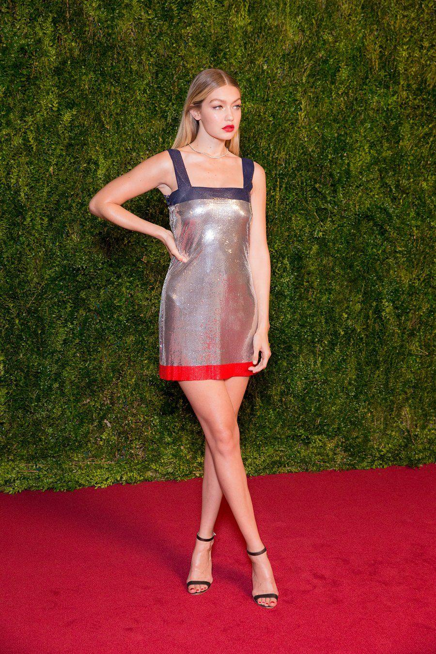 Red Carpet Rules Gigi Hadid Outfits Gigi Hadid Looks Gigi Style [ 1350 x 900 Pixel ]