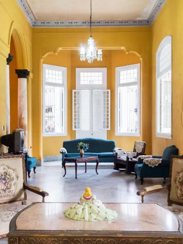 A Vibrant Colonial Mansion in Vedado