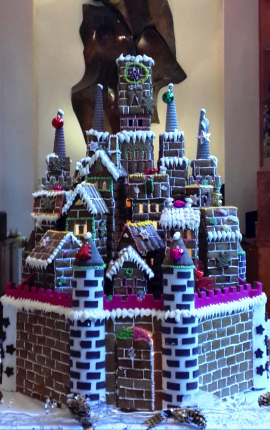 Forget houses - at @Mandy Dewey Seasons Hotel Mumbai, we prefer gingerbread castles.