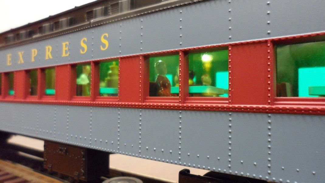 Lionel 6-25630 Polar Express Heavyweight Dining Car