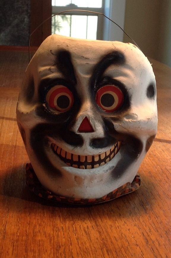 Early skull lantern