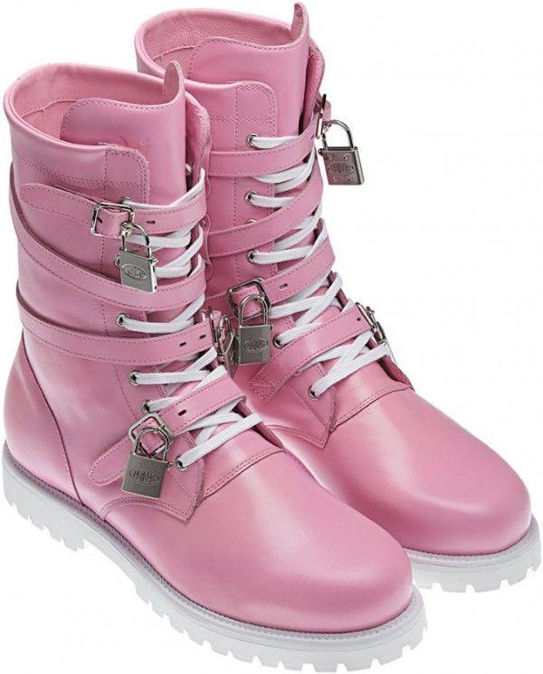 pink comat boots  5d002054d