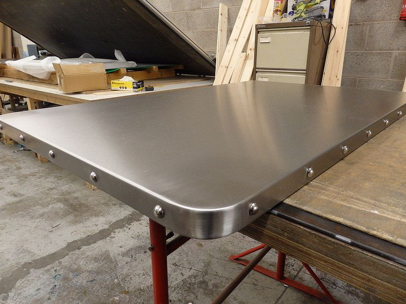 ae66c14257bdb 31 - Satin Stainless Steel Table Top with Chrome Studs
