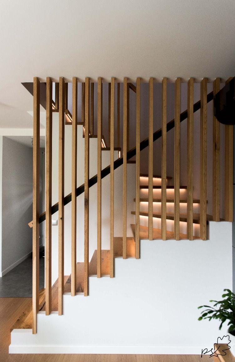 Balustrada z lameli drewnianych