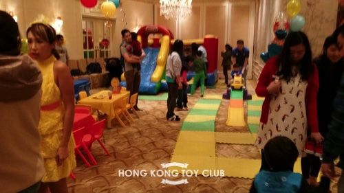Lots of fun with rental toys at kids birthday party in Hong Kong