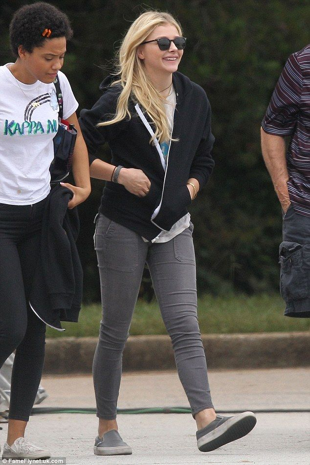 07471e965f Smiley Chloe Moretz reunites with Zac Efron on Neighbors 2 set #dailymail