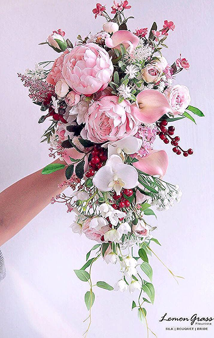 Untitled Pinkbridalbouquets Untitled In 2020 Flower Bouquet Wedding Cascading Wedding Bouquets Wedding Flowers
