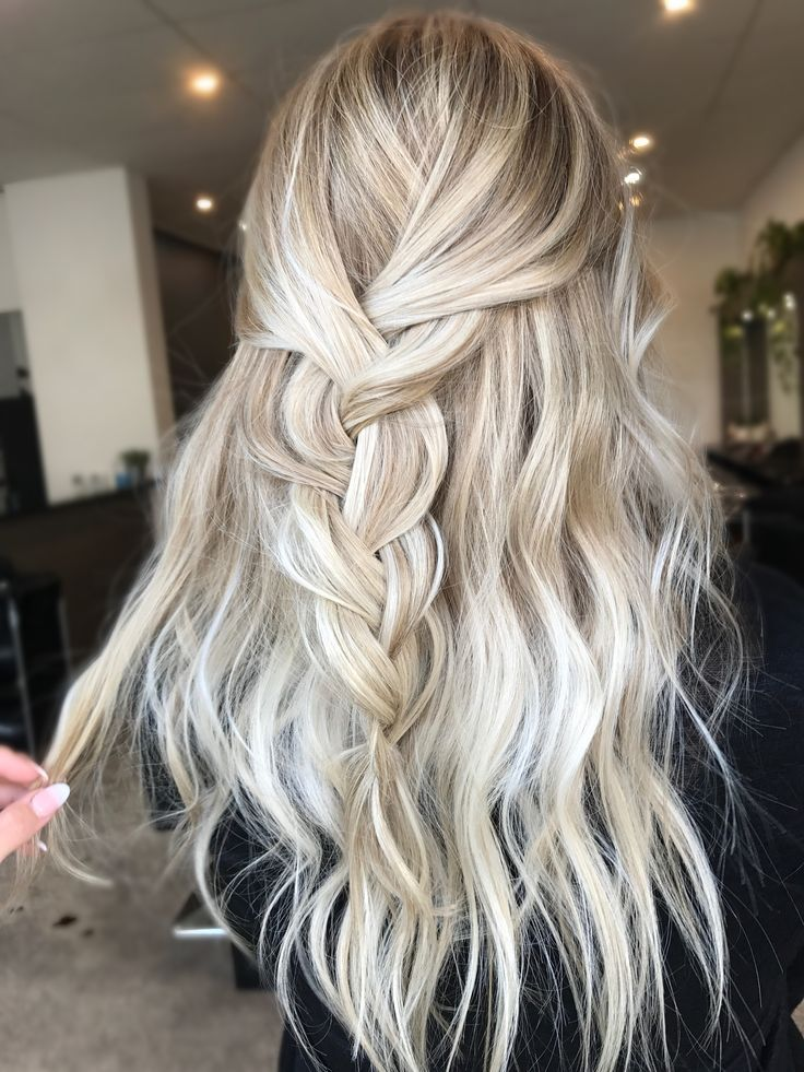 Z S Beauty Ideas With Images Cool Blonde Hair Tumblr Hair