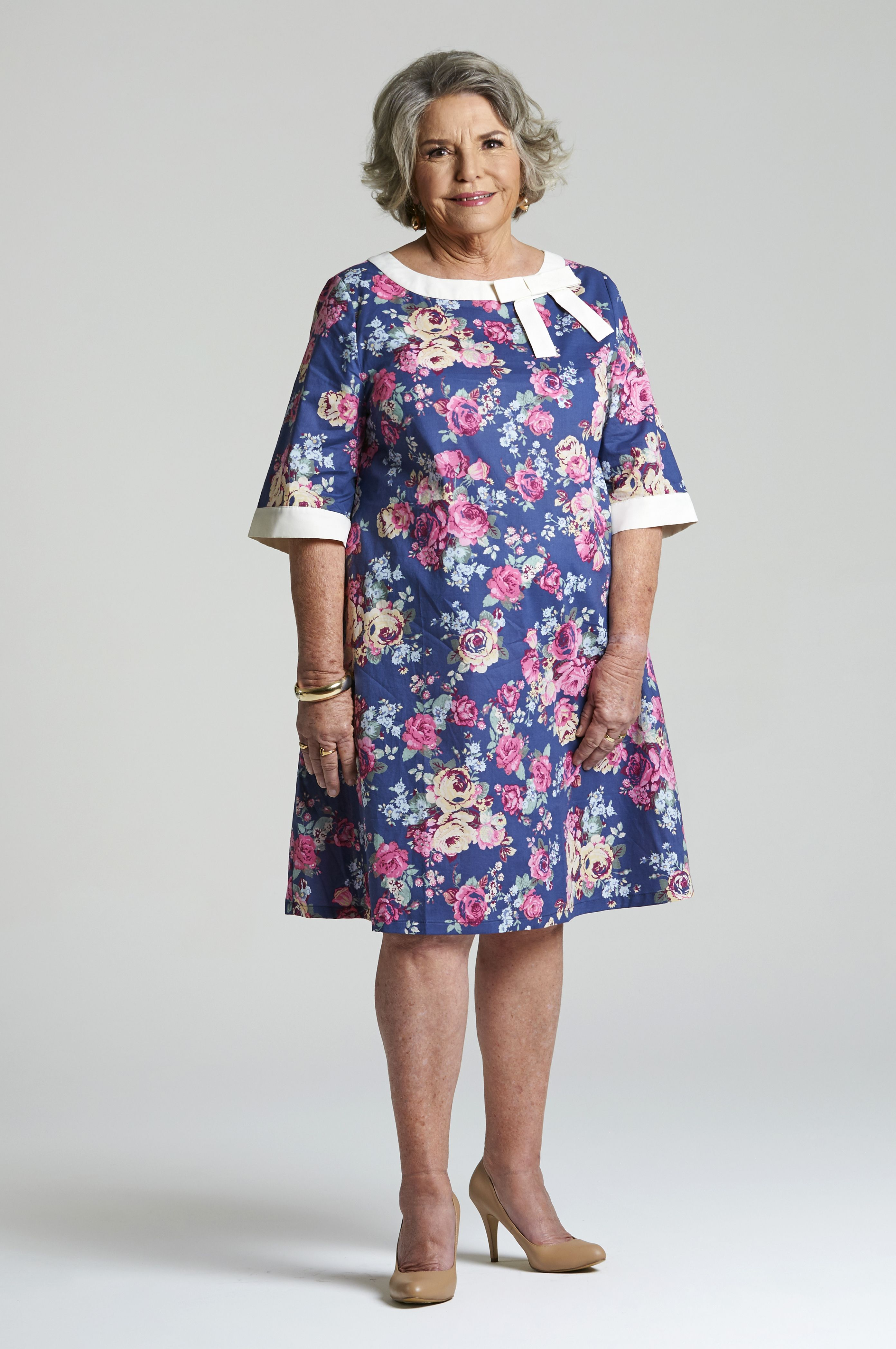 The Beautiful Alice Dress For Older Ladies So Easy To Put On With No Zips Or Buttons Elbow Length Sleeves And A Com Easy Clothing Summer Day Dresses Dresses [ 4192 x 2784 Pixel ]