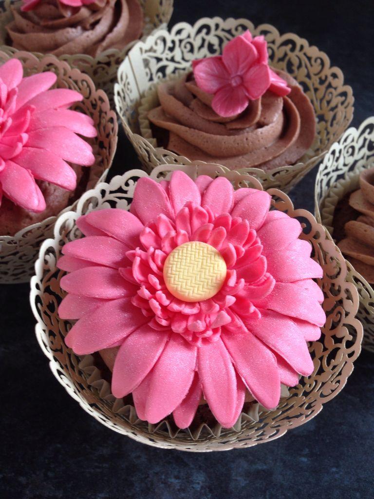 Gerbera cupcake soft pink wedding pink wedding soft pink
