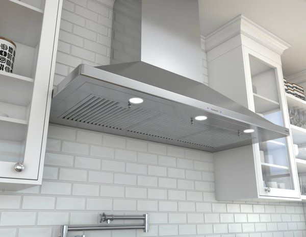 Zephyr Unveils Siena Pro Chimney Hood The Power Needed For The Professional Style Kitchen At An Affordable Price Kitchen Range Hood Range Hood Chimney Range Hood