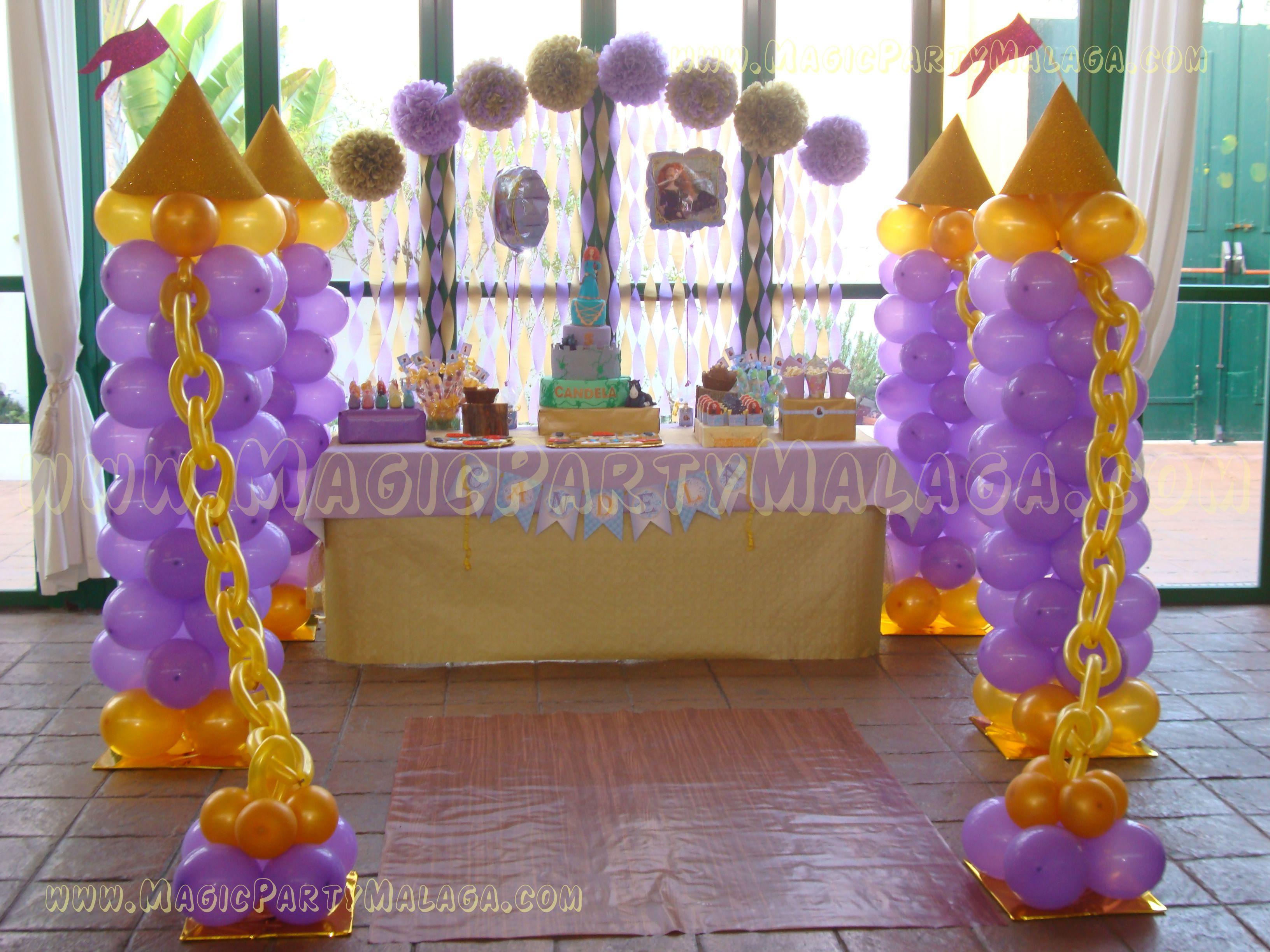 conjunto columnas de globos castillo de princesas brave party
