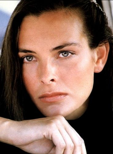 carole bouquet sex and the city in Redcliffe
