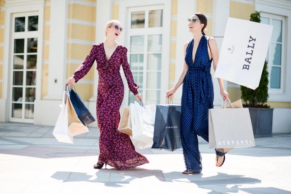 fabulous_muses_parndorf_shopping_vienna_absolutely_fabulous_parndorf_vienna_fashion_blogger_alina_tanasa_diana_enciu
