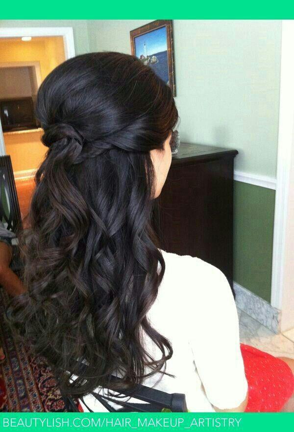 16 Overwhelming Half Up Half Down Wedding Hairstyles Pretty Designs Hair Styles Half Up Wedding Hair Long Hair Styles