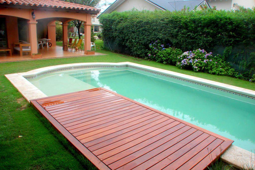 Piscinas varias piletas de estilo por piscinas scualo for Fotos de disenos de piletas de natacion