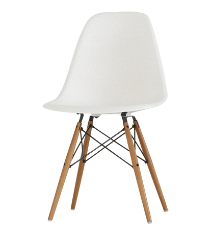 Charles & Ray Eames - Chaise DSW Blanche/Erable - Vitra | Oops ...