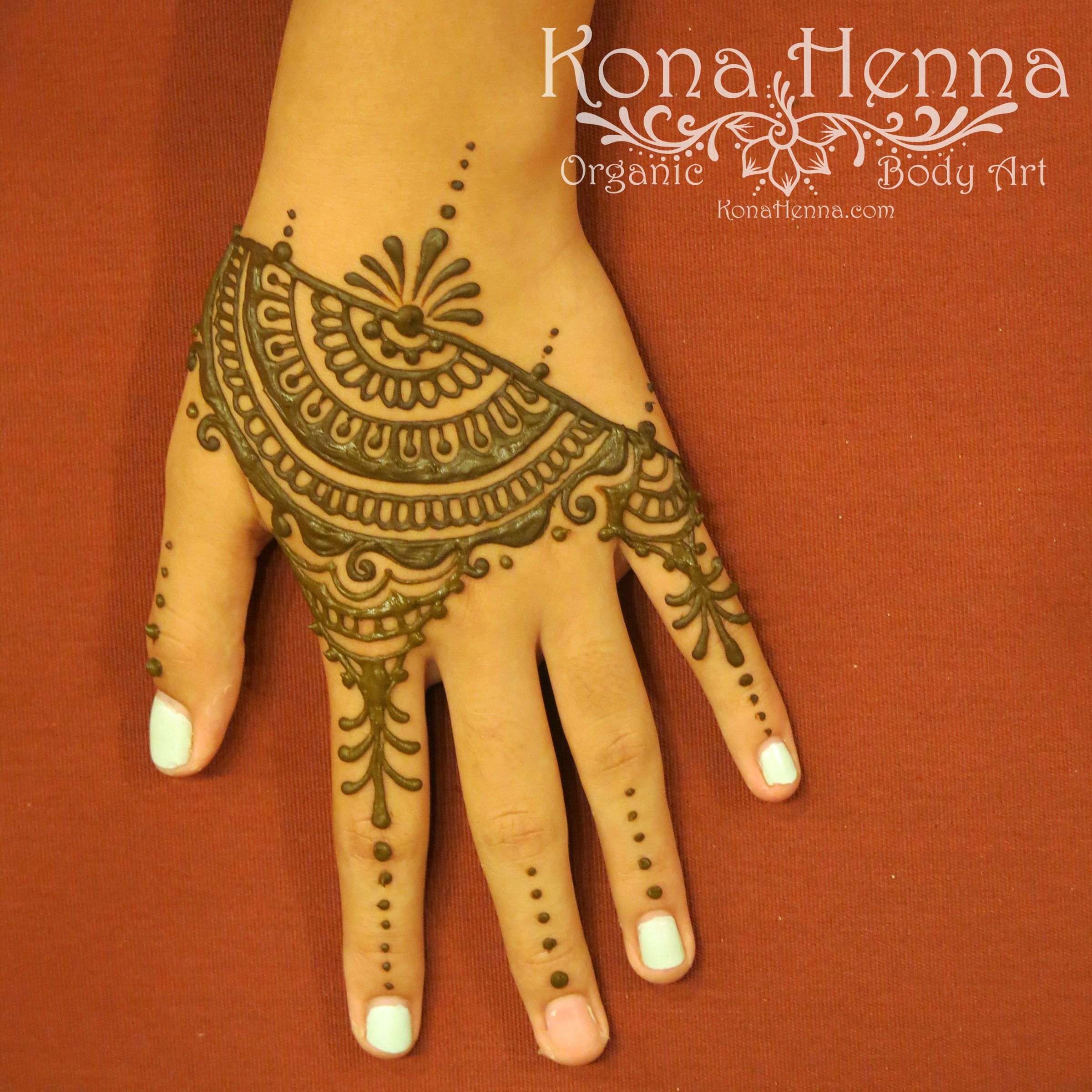 organic henna products professional henna studio kona henna hands. Black Bedroom Furniture Sets. Home Design Ideas