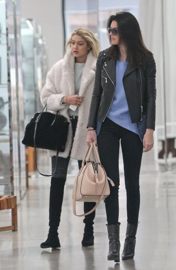 Kendall Jenner spotted with  MJincognito in Cashew 45a536556a8